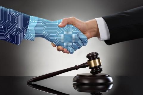 Cum te poate ajuta un avocat online in dreptul familiei
